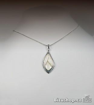 Řetízek s přívěskem perleť  2732