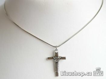 Řetízek s přívěskem kříž 915