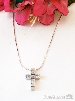 Řetízek s přívěskem křížek s krystal kameny 697302
