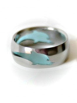 Prsten z chirurgické oceli Delfín RSS 8010