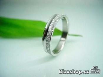 Ocelový snubní prstýnek gravír 4 mm 16191