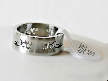 Prsten z chirugické  oceli  1516021X