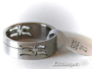 Prsten z chirurgické oceli 15104