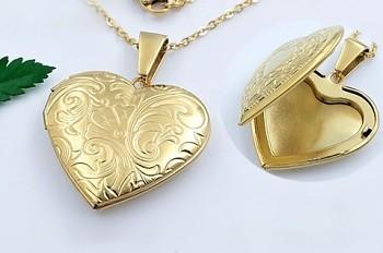 Zyta náhrdelník z chirurgické oceli srdce 20739